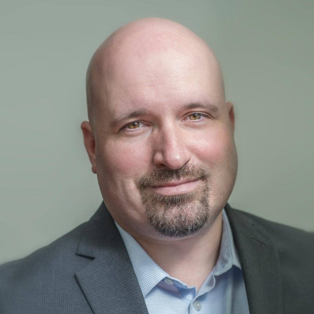 Headshot of Mat Felthousen